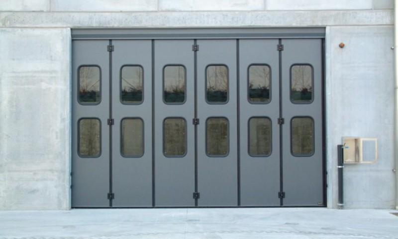 porta-industriale-a-libro-grigia-637x384_800x482